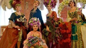 A Pietra Ligure, costumi di scena per tutte le occasioni