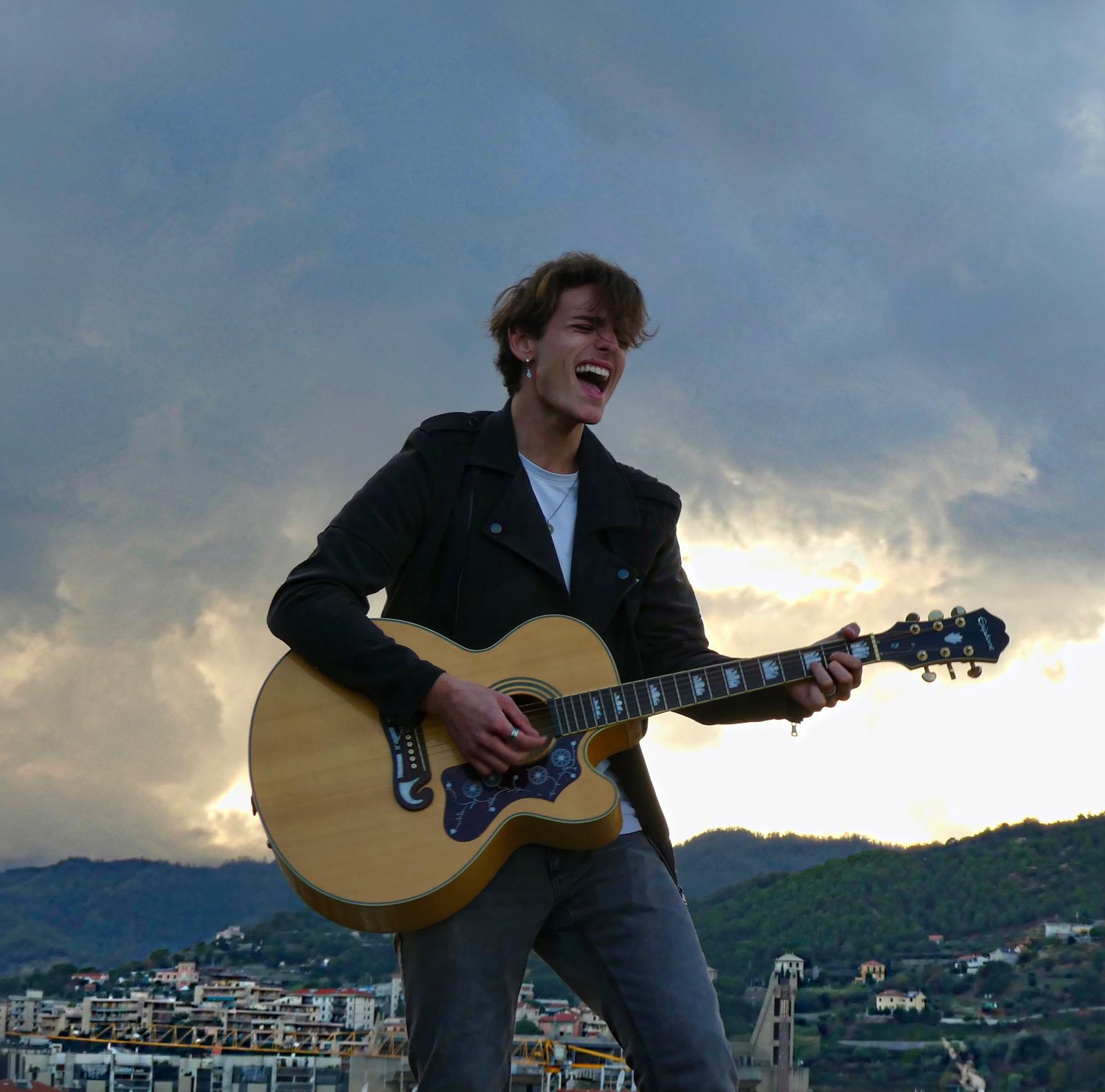 """Samuele Michero in radio e nei digital store con il singolo """"Lasciami andare"""""""